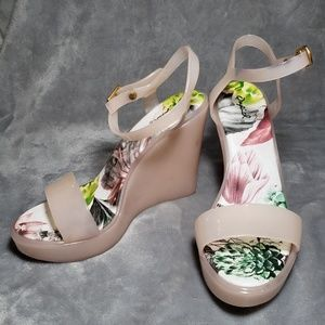 Qupid Pale Pink Floral Wedge Sandals
